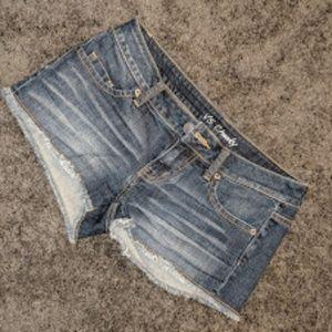 Women's Victoria's Secret Jean Shorts size 4